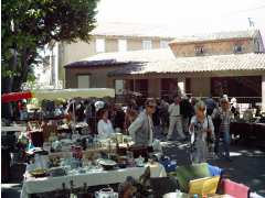 foto di ANTIQUITES BROCANTE ART DECO COLLECTIONS